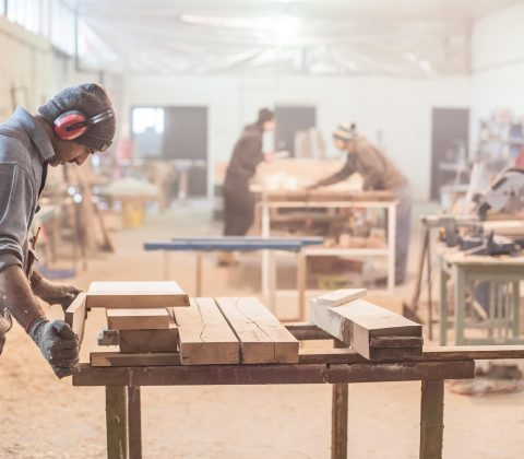 Steigerhouten bureau maken